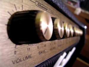 Volume-Knob-Up-To-11-624x468