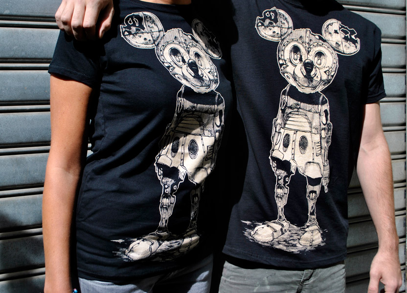 pixelpancho_rusted_mickey_tshirt_info-2